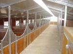 Paardenstallen en toebehoren / Ställe und Zubehör